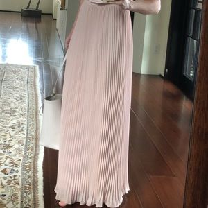Theory Plisse dusty rose skirt to the floor